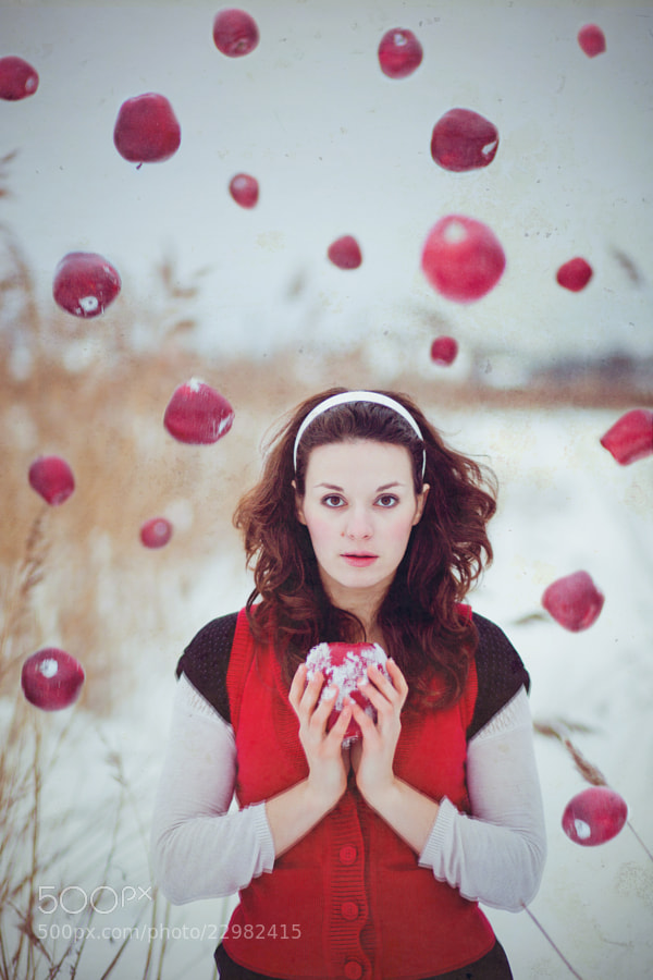 Snow White by Polina Gribanova (pollyphoto)) on 500px.com