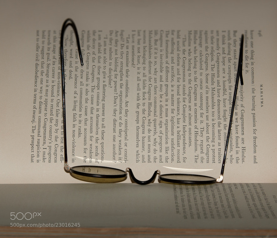 Photograph Readings on Peaceful Protest by Marc Leroy on 500px