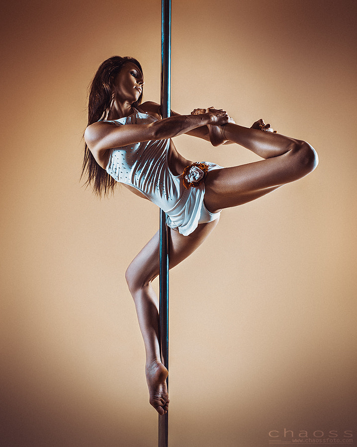 Pole dancing by Stanislav Perov on 500px.com
