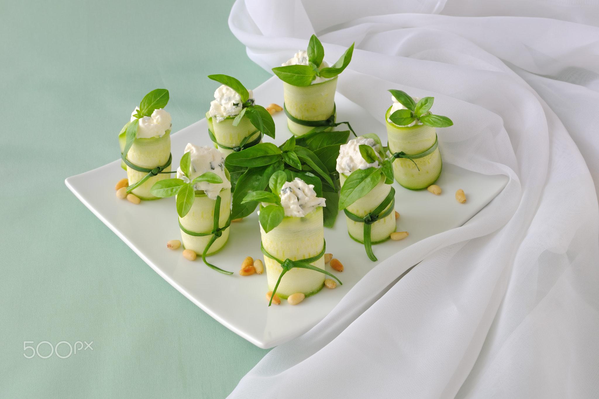 Rolls zucchini