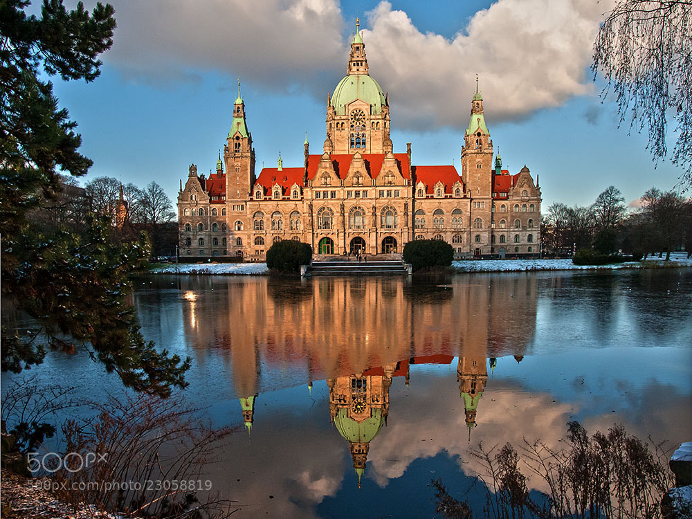 Photograph Townhall (Hannover) by Zeki Öztürk on 500px