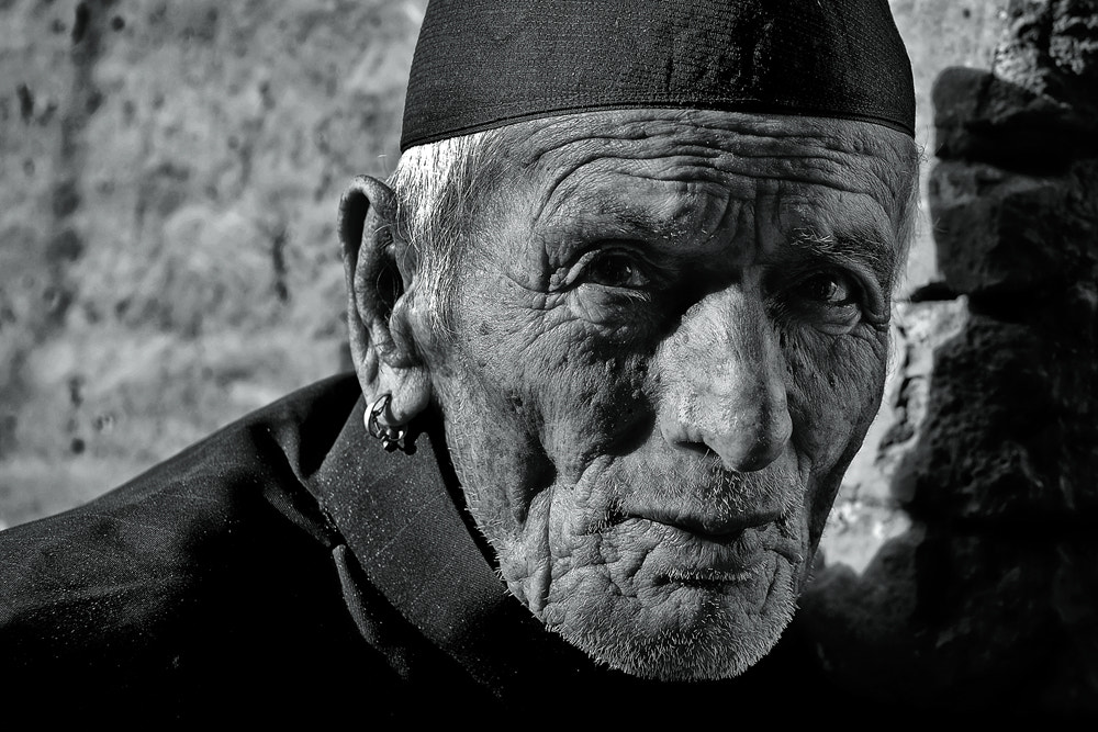 Photograph man from Bhaktapur by Yaman Ibrahim on 500px