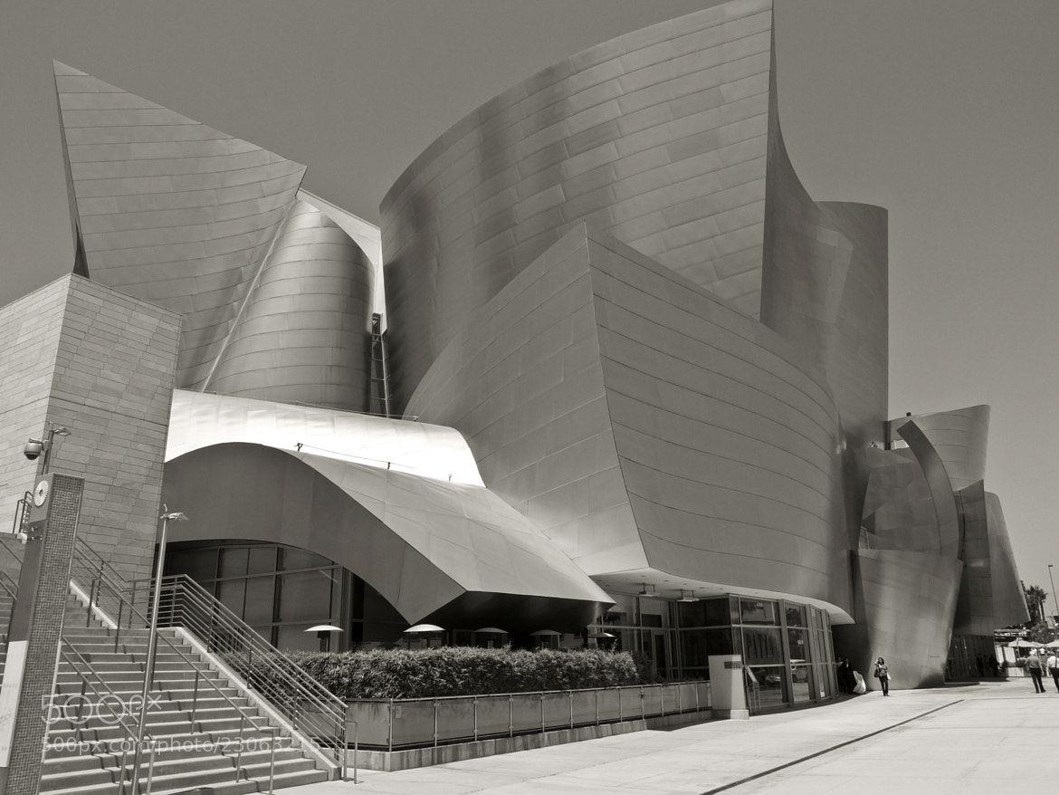 Photograph W.D. Concert Hall by Manuel Perrone on 500px