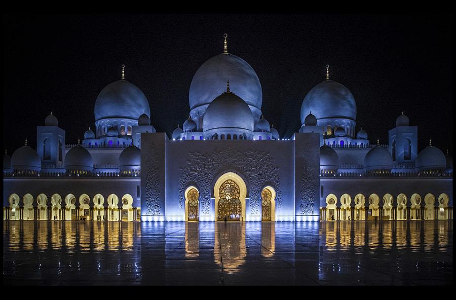 Sheikh Zayed Mosque by Václav Verner on 500px.com