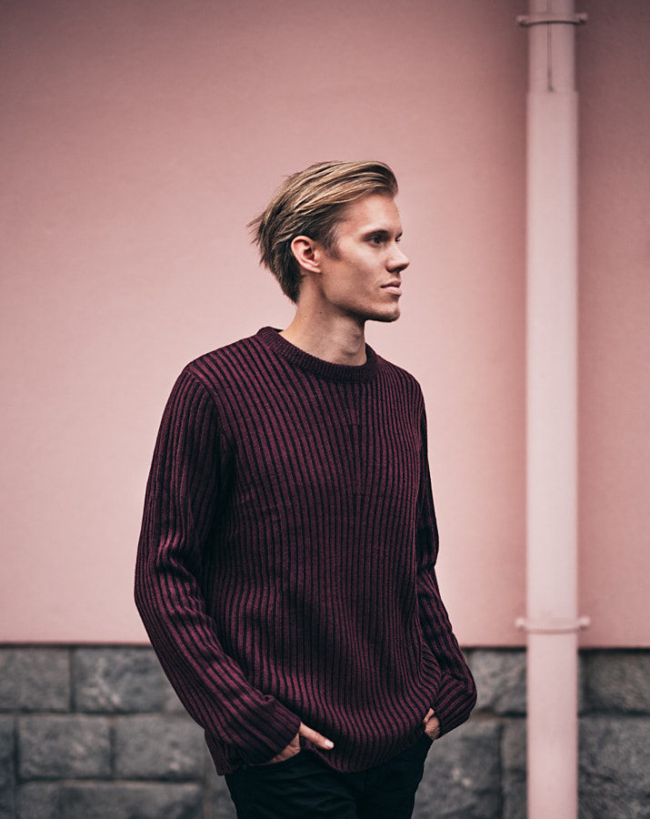 Mistor Photoshoot Fall 2017 / Salmon Wall by Toni Hukkanen on 500px.com