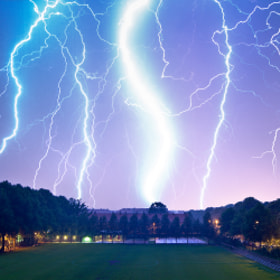 Electrical storm (lightning) by Mathias Vejerslev (MathiasVejerslev)) on 500px.com