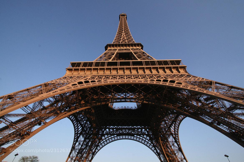 Photograph La Tour Eiffel by Hiroshi Machidori on 500px