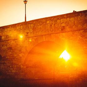 #salamanca #puente #puenteromano #monumento #sol #atardecer #pareja #farola #luz #destello...
