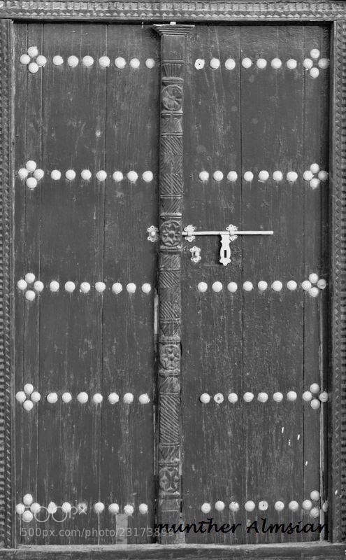 Photograph وأُغلق بابٌ من الماضي by munther Almsian on 500px