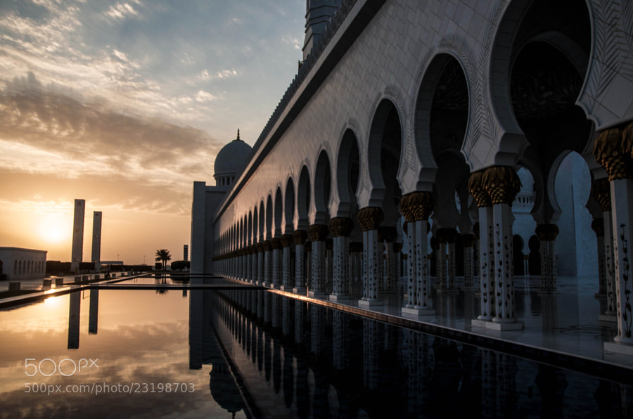 Photograph The Sheikh Zayed Grand Mosque by julian john on 500px