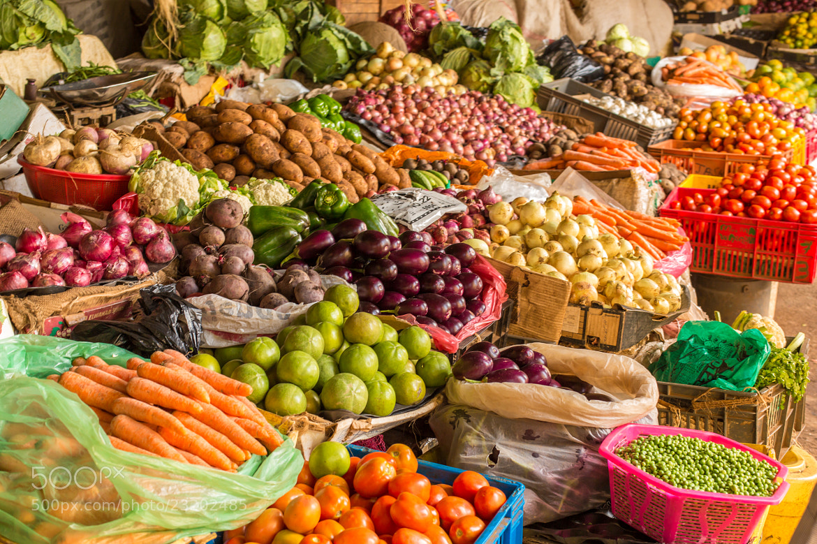 Photograph Fruit and Vegetable Market by Dereje Belachew on 500px