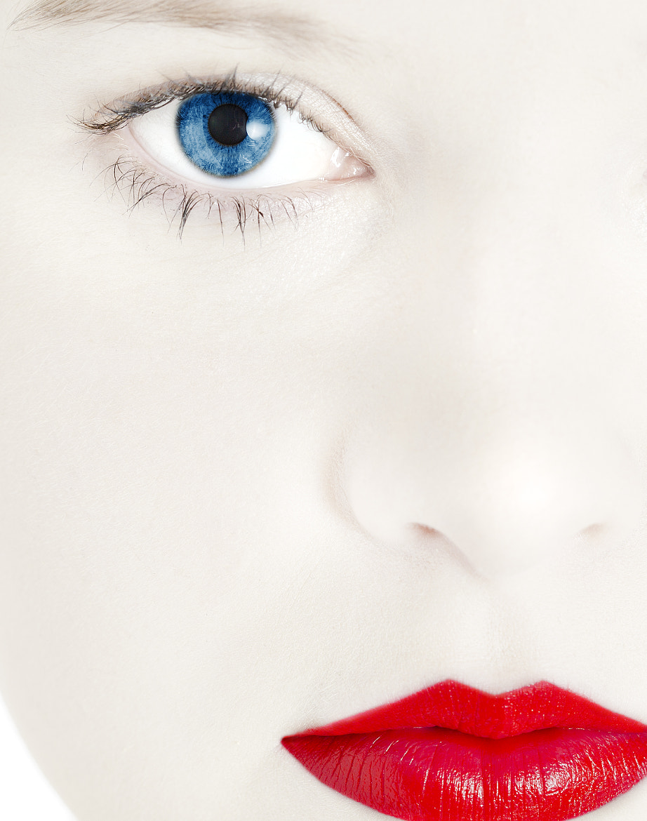 Photograph Red lips by Mark Tizard on 500px