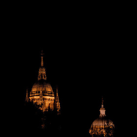 #salamanca #catedral #monumento #turismo #cultura #viaje #streetphoto #streetphotography #noche...