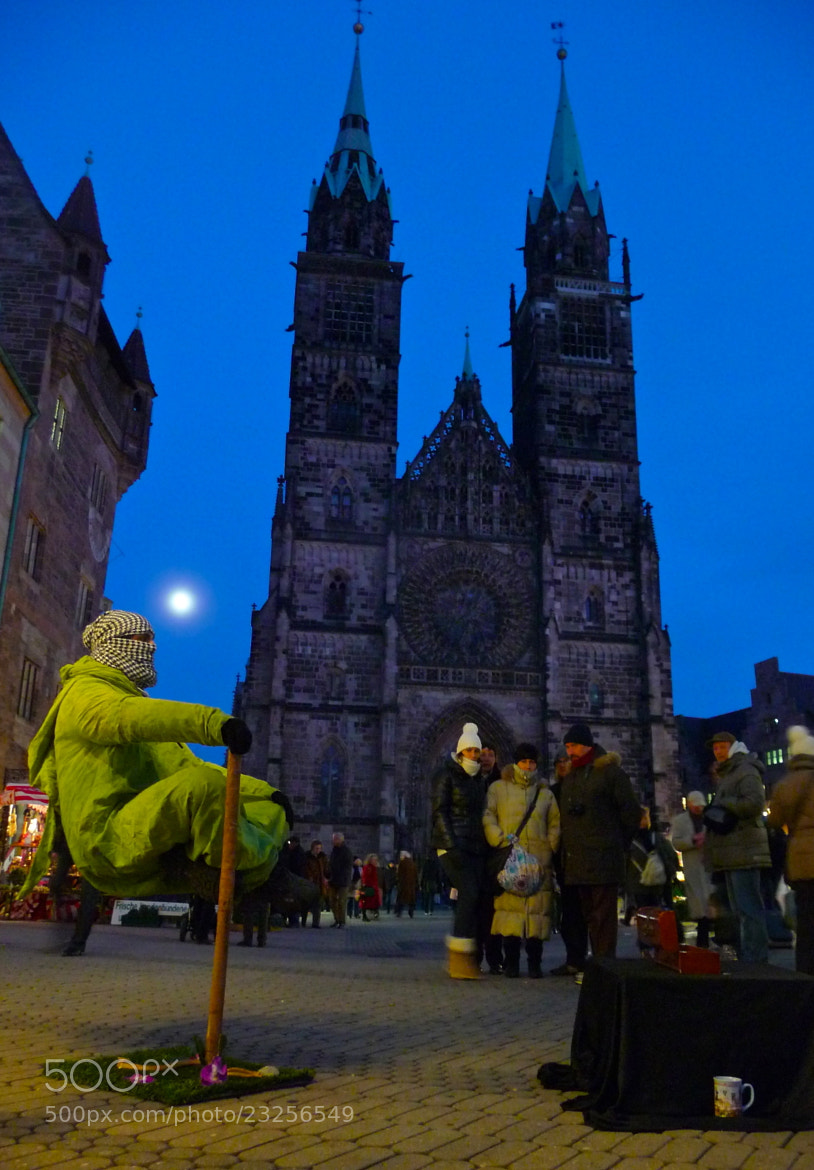 Photograph Levitation in Nuremberg by Eric Pelletier on 500px
