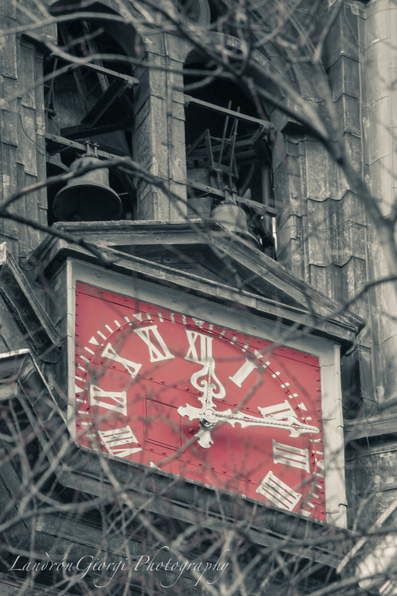 Photograph Save the Clock by Ivan Landron on 500px