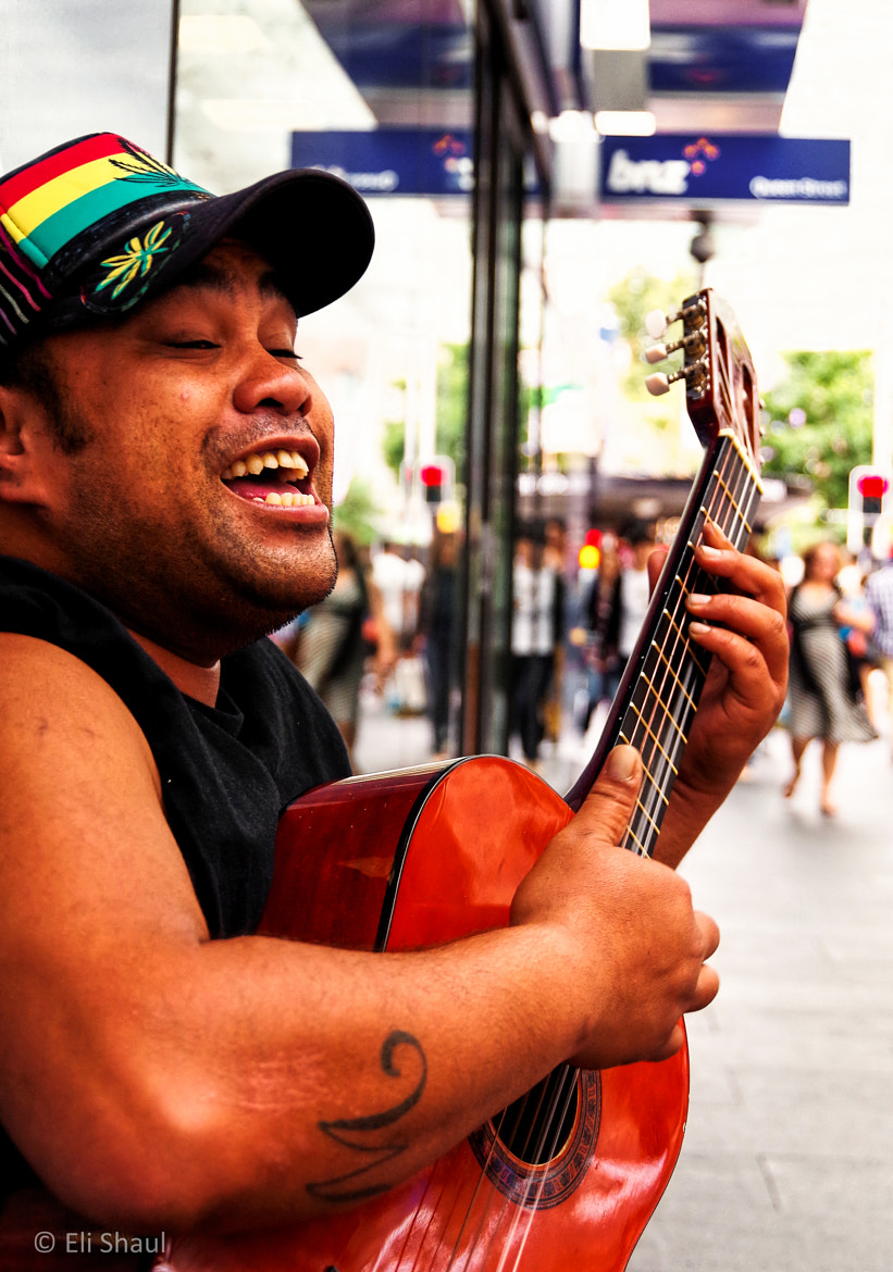 Photograph Reggae on Queen St by Eli Shaul on 500px