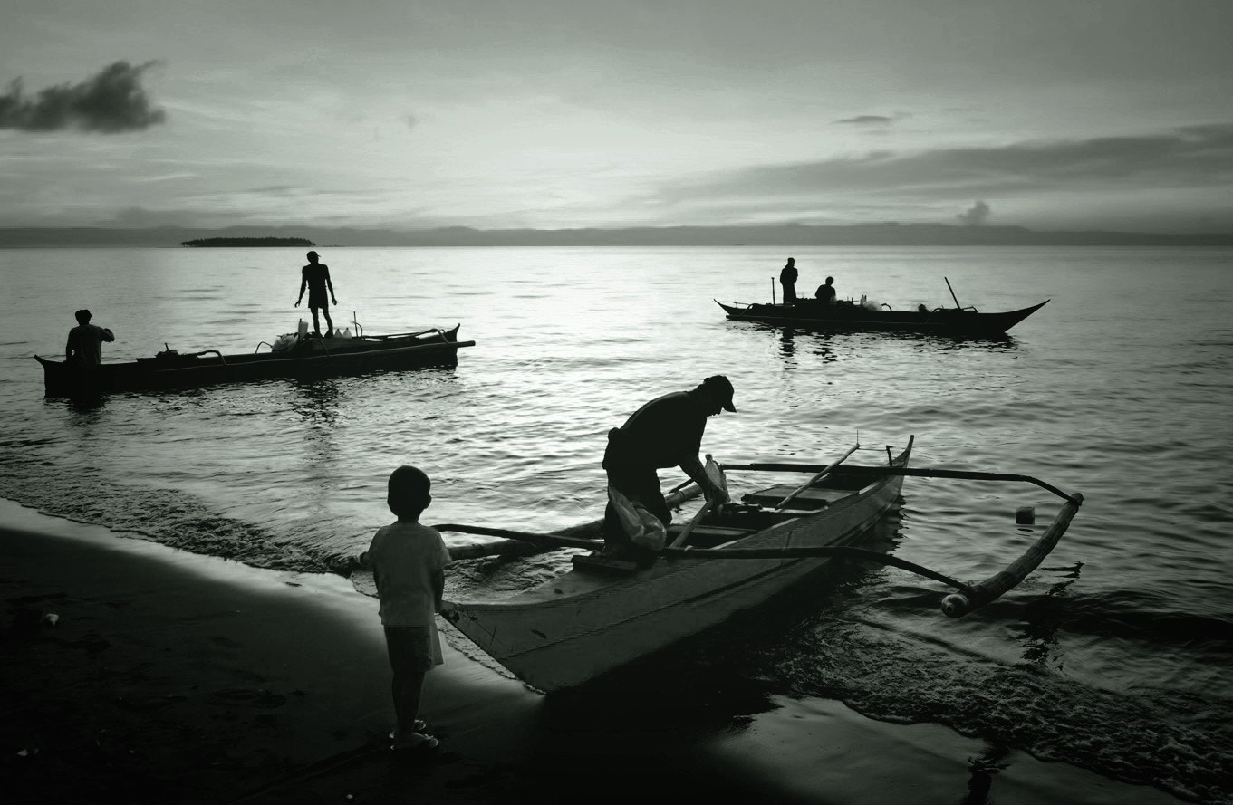Photograph A day in the lives of our fishermen by Vey Telmo on 500px
