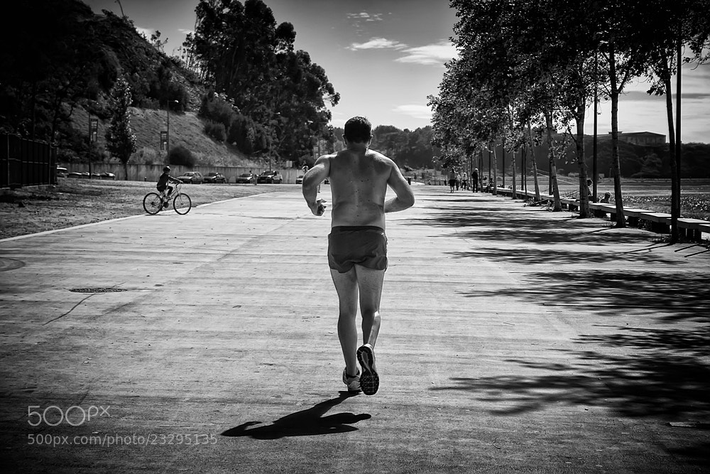 Photograph The Runner by Francisco Amaral on 500px
