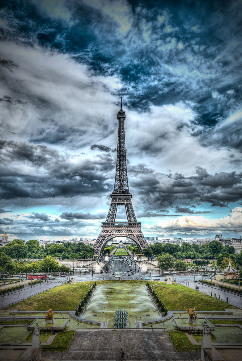 Photograph Eiffel Tower by Paco López on 500px