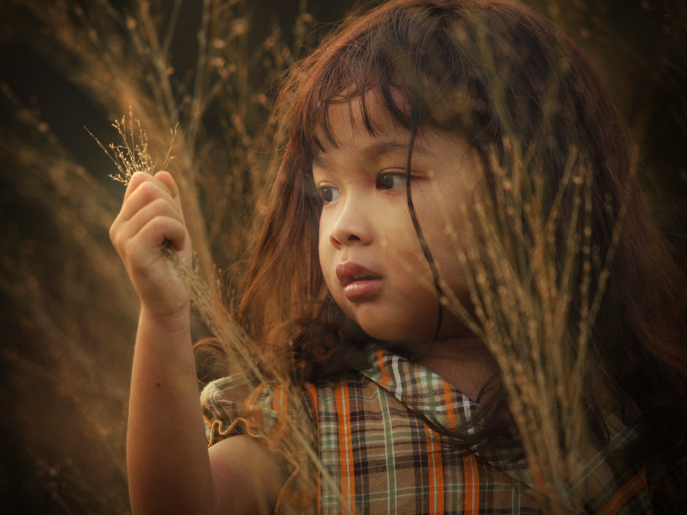 Photograph Little girl by Irawan Subingar on 500px
