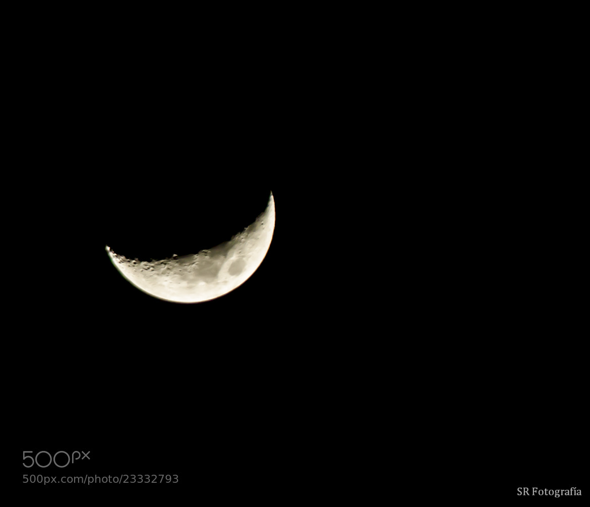 Photograph  Moon :)  by Jose Ese Erre on 500px
