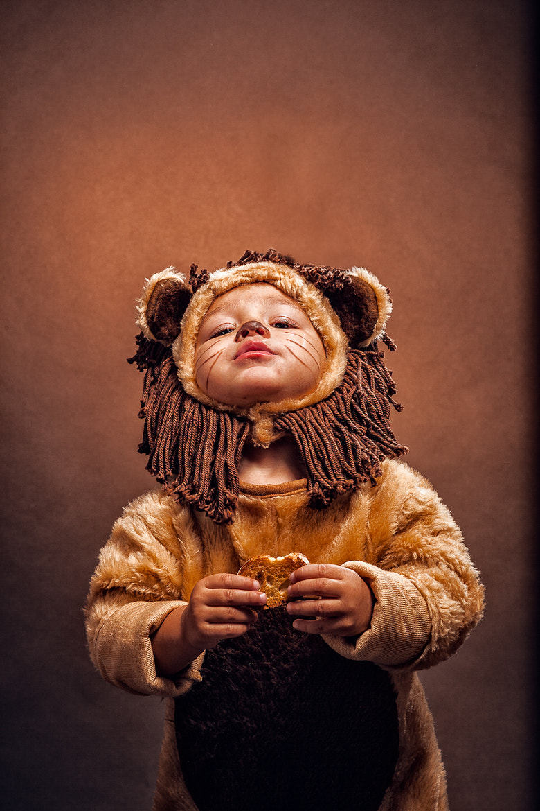 Photograph Lions and Crackers by Nakean Wickliff on 500px