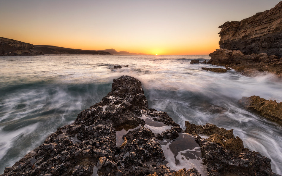 Photograph The Sun of the end of the earth by Carlos Solinis Camalich on 500px