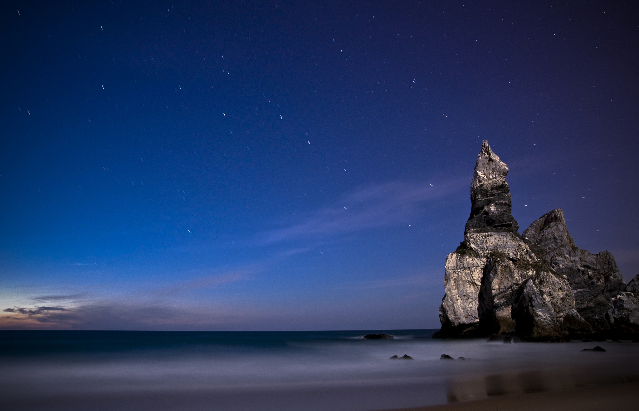 Photograph Moonlight on the beach of the Ursa by joaocarlo   on 500px