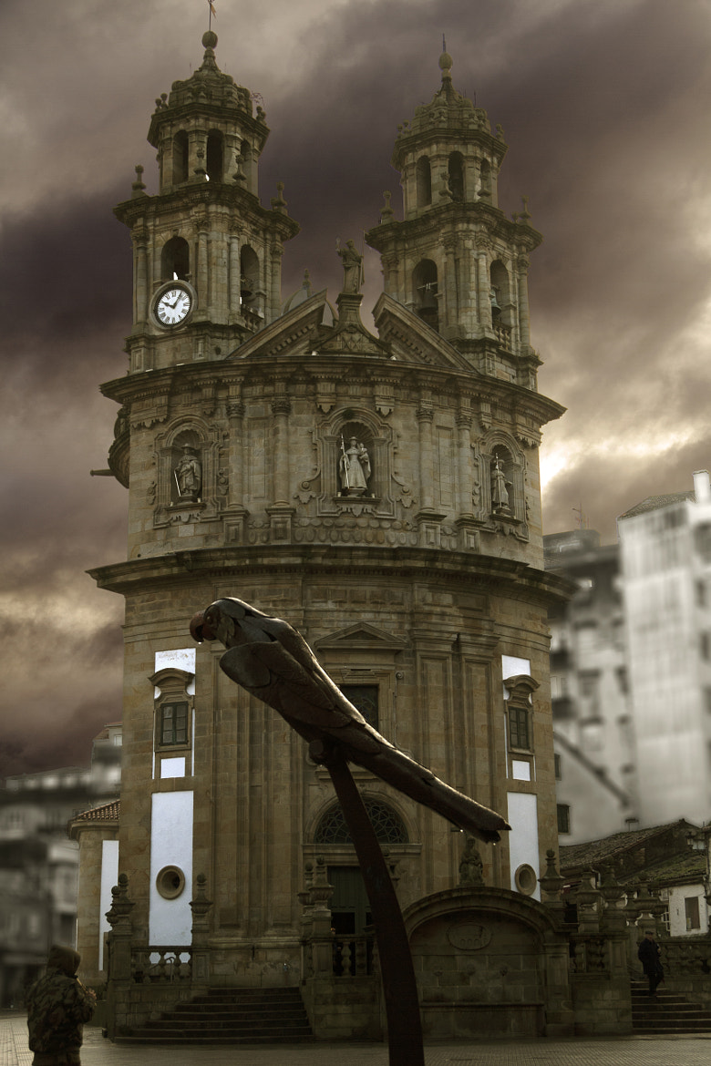 Photograph Ravachol Parrot & Peregrina Church by Emilio Olivares Novo on 500px