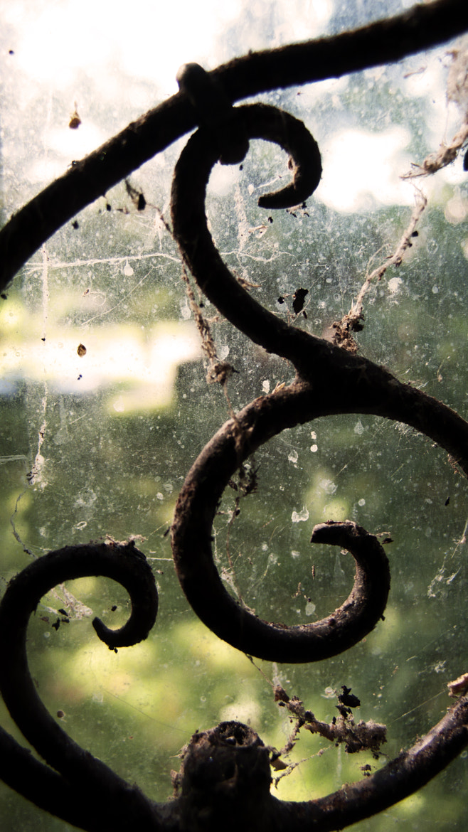 Photograph Filthy Pane by Noah Puglisi on 500px