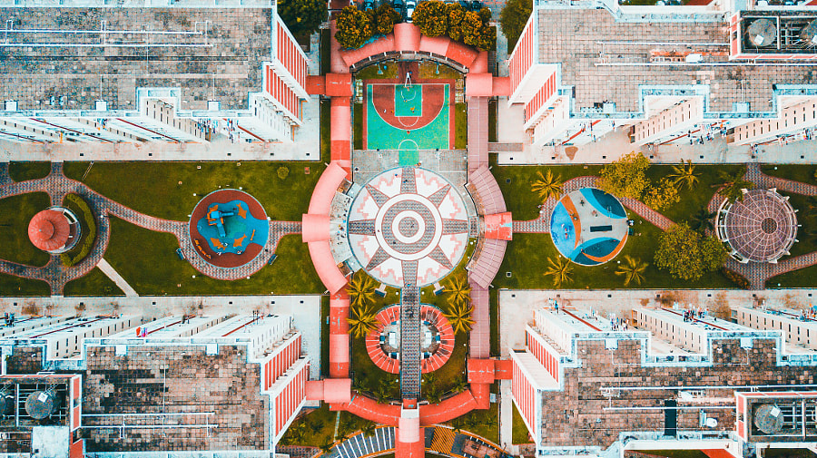 Circles.Life by Md Farid on 500px.com