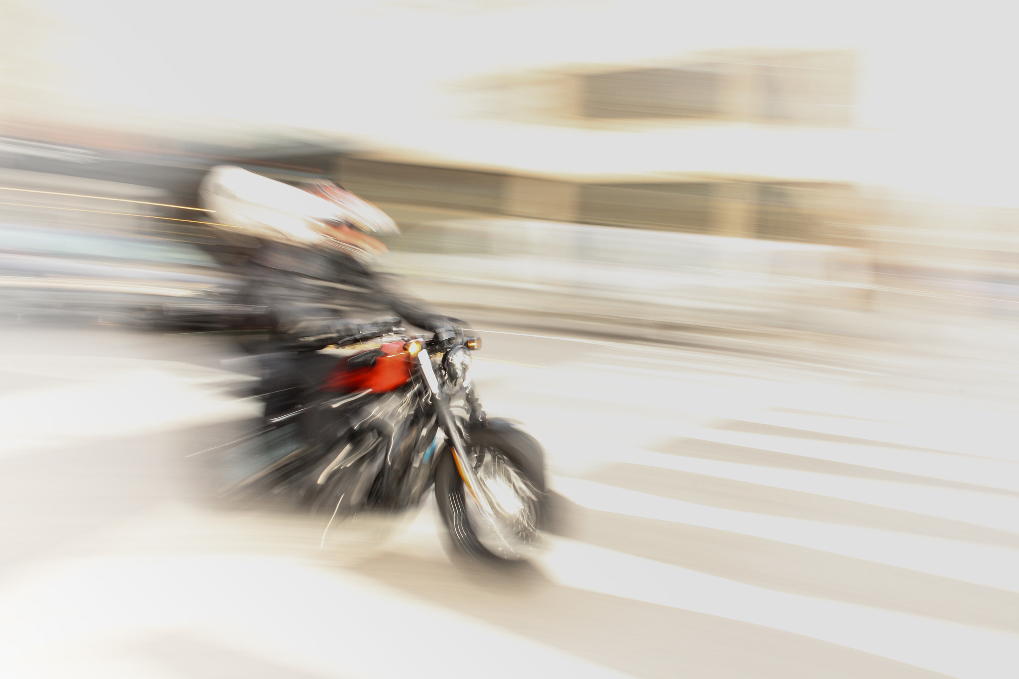 Photograph speed white by Frédéric AMSELLEM on 500px