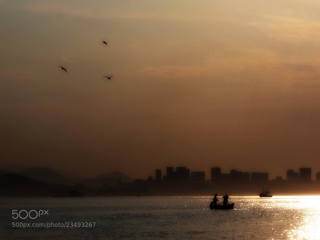 Photograph Pescadores by Gustavo Sirelli on 500px