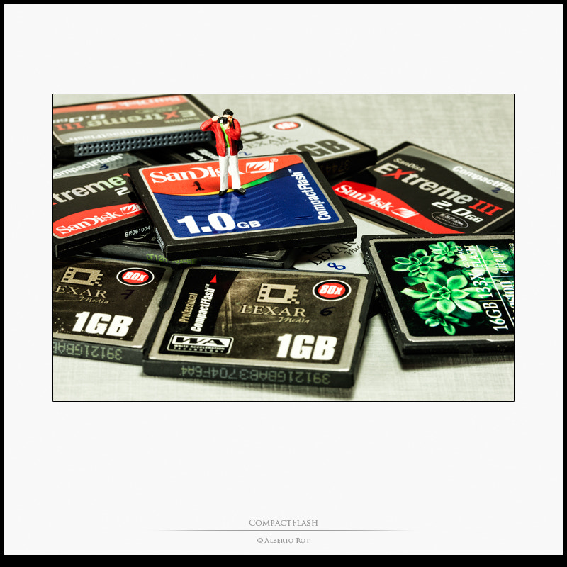 Photograph CompactFlash by Alberto Rot Albarca on 500px
