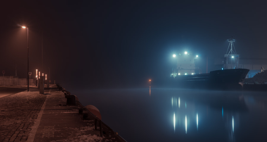 misty wismar harbor, автор — nick на 500px.com
