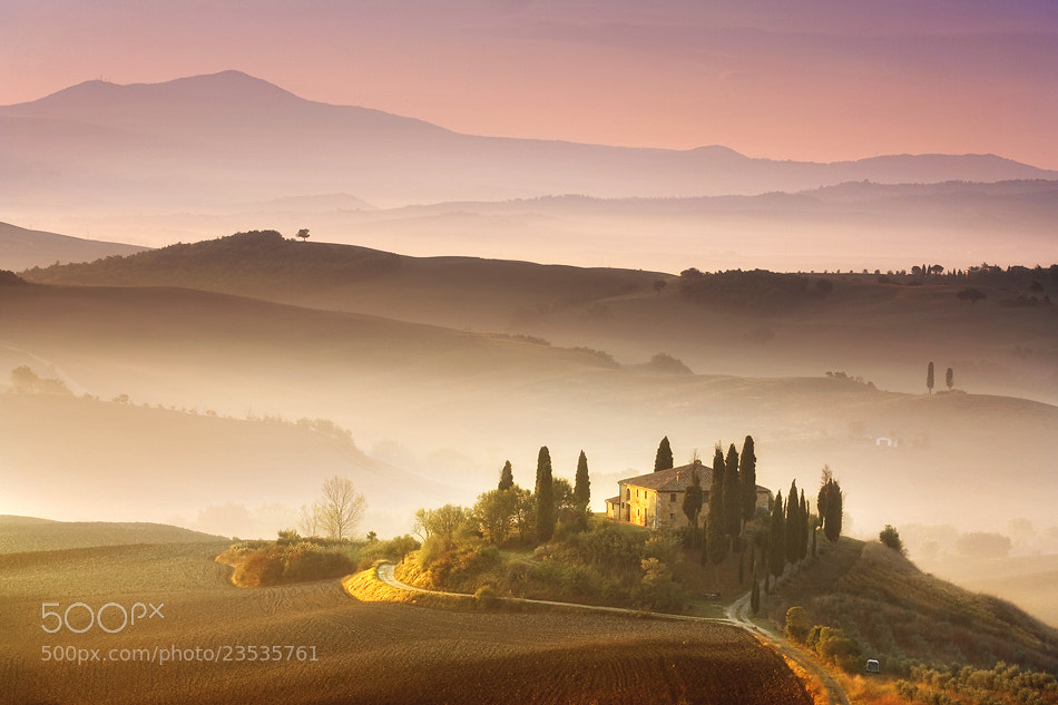 Photograph Belvedere at dawn by Marcin Sobas on 500px