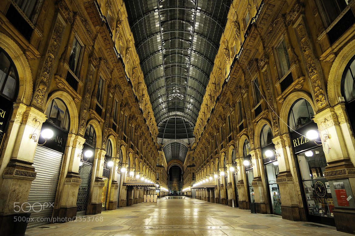 Photograph MILANO - Galleria V.Emanuele II by Giulio Annibali on 500px