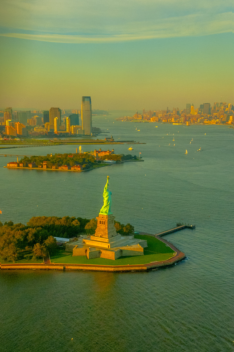 Photograph Statue of Liberty by Paco López on 500px