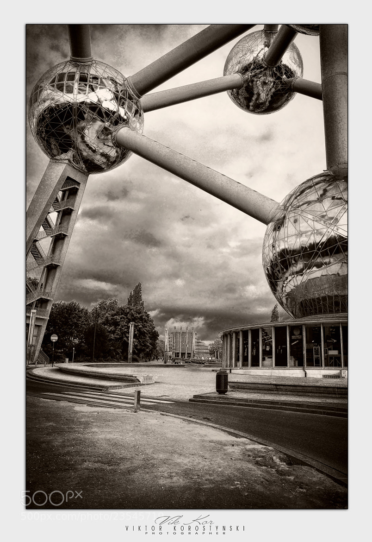 Photograph Atomium. Brussels by Viktor Korostynski on 500px