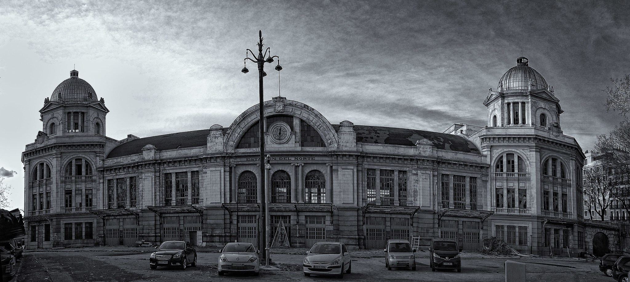 "Photograph Estación del Norte by Daniel Romero Rodríguez ""Danimero"" on 500px"