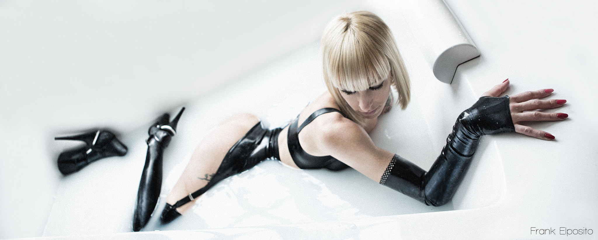 Photograph Latex in Bath by frank elposito on 500px