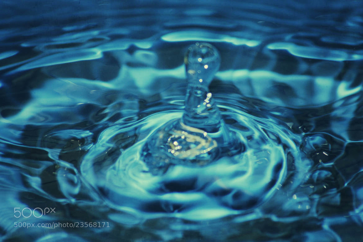 Photograph drop of water by richard cauchy on 500px