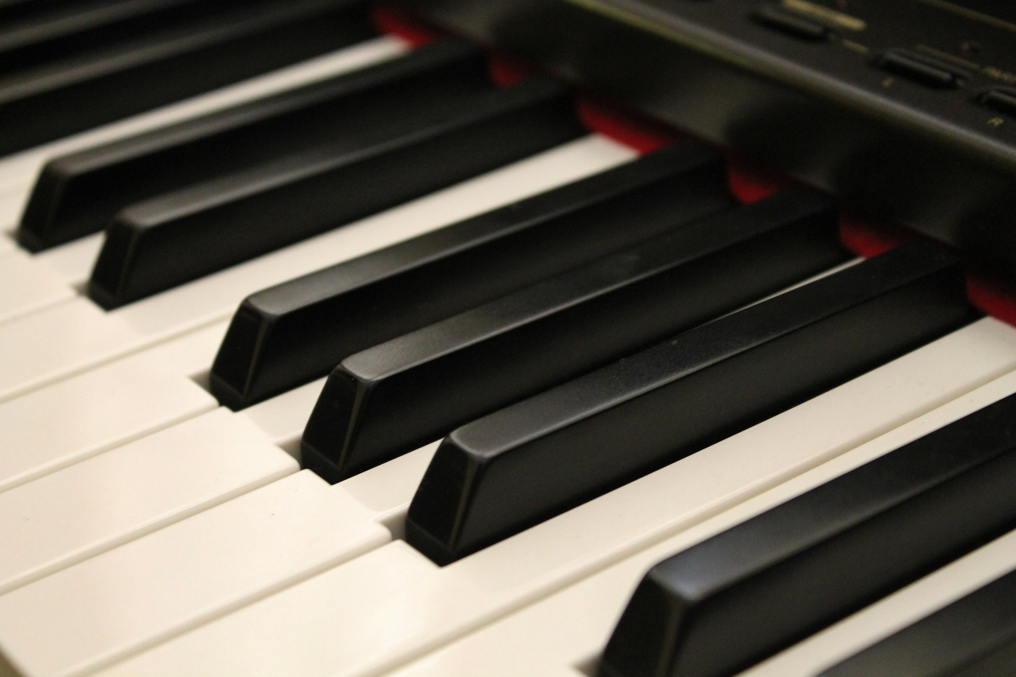 Photograph Piano by Miguel Castillo Lazo on 500px
