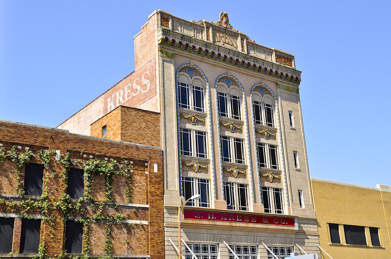 Photograph The Kress Building by Melissa Reyes-Abbey on 500px