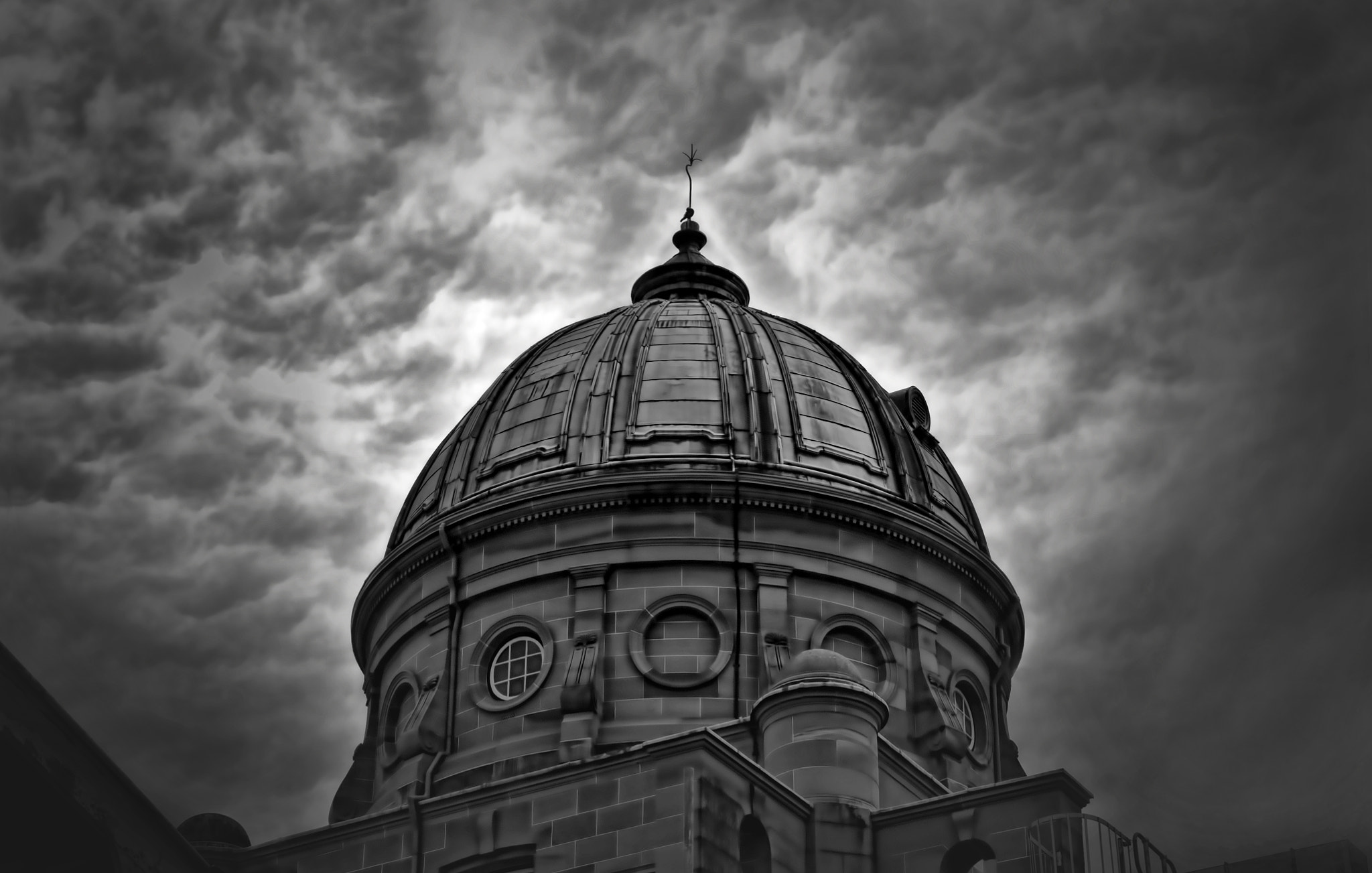 Photograph The Customs House by Alex A. on 500px