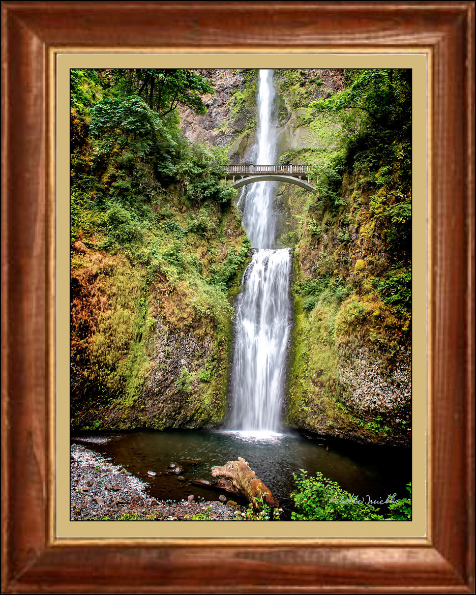 Photograph Multnomah Falls, Oregon by Robert Mielke on 500px
