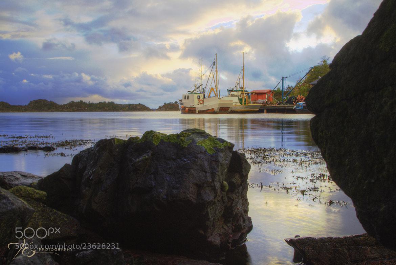 Photograph SeaZen2 by Lars Hellebø (Teo) on 500px