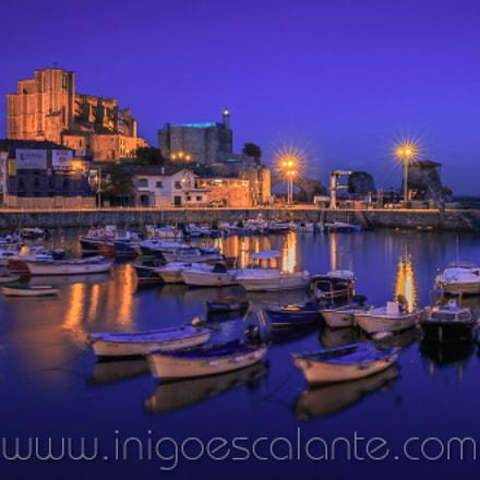 Nocturna en puerto de Castro Urdiales, Cantabria