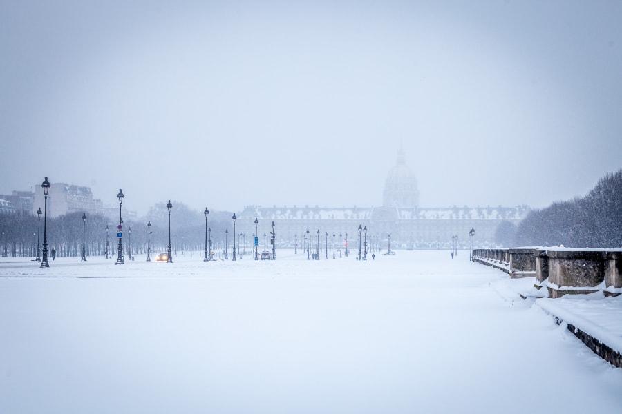 Les Invalides paris snow 2013