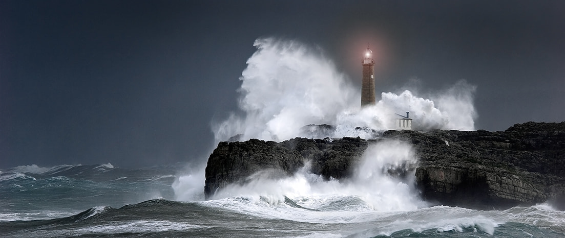 Photograph lighthouse in the storm by ENRIQUE ALAEZ on 500px